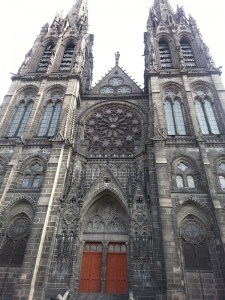 cathedral-clermont-ferrand-1